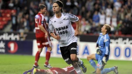 SPILTE FOR RBK: Mikael Lustig spilte for RBK fra 2008 til 2011. (Foto: Alley, Ned/NTB scanpix)