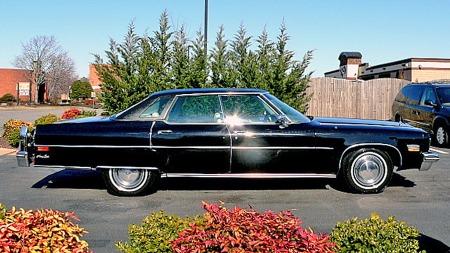 Er du ute etter klassisk, amerikansk 70-tallsflak og har sansen for noe som gjør den ekstra unik, da kan dette være bilen. Selv om lakken ikke er strøken etter alle disse årene, og den viser spor av forsiktig bruk. (Foto: eBay.com)