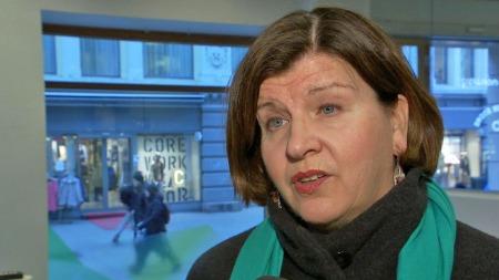 - BYTT BANK: Forbrukerdirektør Randi Flesland oppfordrer misfornøyde lånekunder til å prute eller bytte bank. (Foto: TV 2)