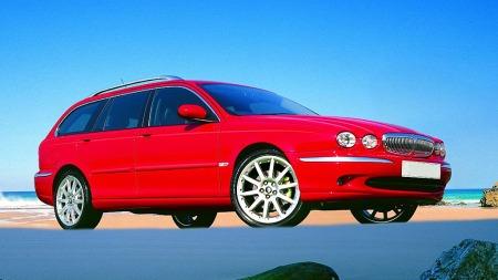X-Type ble ingen stor suksess for Jaguar, og det har drøyd lenge med etterfølgeren. Men nå er det ikke lenge til nye XE er her.