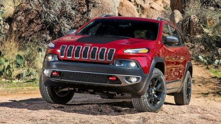 00 Jeep Cherokee forfra rød