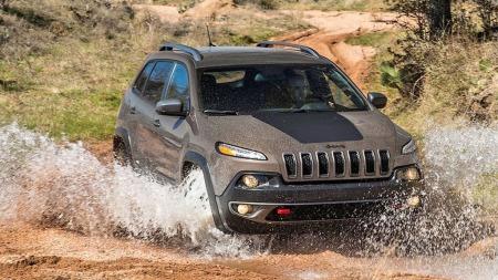 00 Jeep Cherokee i vannet