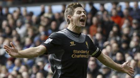 GLAD: Steven Gerrard liker å score mål for Liverpool (Foto: Kirsty Wigglesworth/Ap)