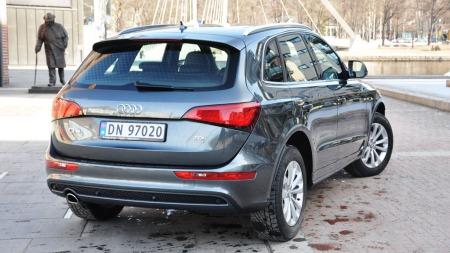Audi Q5 skrått bakfra
