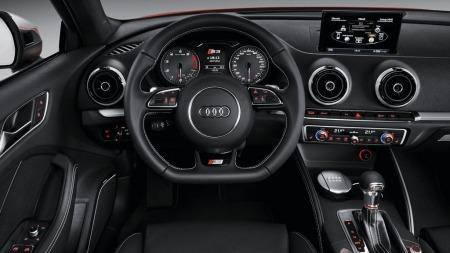 Slik ser det ut inne i nye Audi S3, bilen er på plass i Norge til høsten.