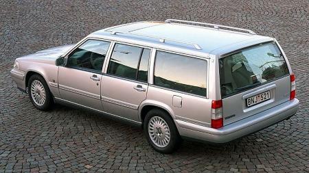 Slik så Volvo V90 ut forrige gang. Det har utvilsomt skjedd en del med bildesign på disse årene.