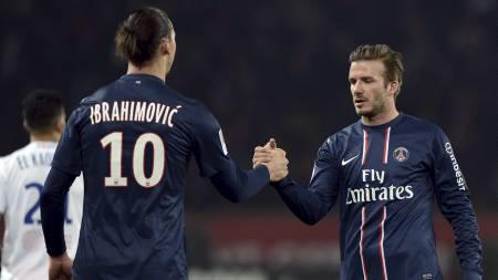 TAKKER BECKHAM: Zlatan Ibrahimovic takker David Beckham for å ha reddet ham fra ville scooterjakter i Paris' gater. (Foto: FRANCK FIFE/Afp)
