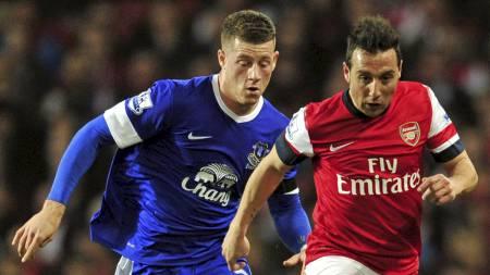 UNDERHOLDENDE: Oppgjøret mellom Arsenal og Everton ble en underholdende forestilling. (Foto: GLYN KIRK/Afp)