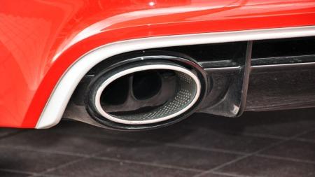 To digre ovale eksosrør viser at Audi RS6 mener alvor - og ved en nærmere kikk avsløres det at det