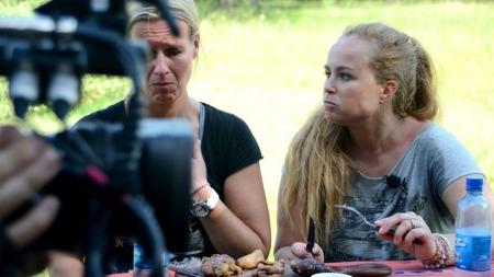Cecilie og Camilla i Amazing Race (Foto: Sandra Mei Ling Noer/TV 2)