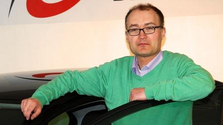 Seat har nøyaktig samme teknikk og samme garantier som trekløveret Audi, VW og Skoda - og de samme garantiene, men til levere pris forteller Thomas Hoel.