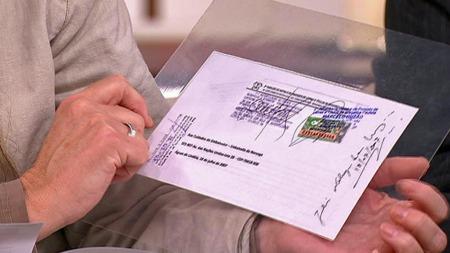 BEVIS? Her er brevet som angivelig skal ha forutsatt Utøya-tragedien, datostemplet i 2007 og sendt til den norske ambassaden i Brasil.  (Foto: TV 2)