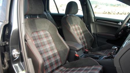 VW-Golf-GTI-forsete