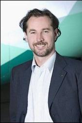FORNØYD: Kommunikasjonsdirektør i Widerøe, Richard Kongsteien, er glad for at salget endelig er på plass.