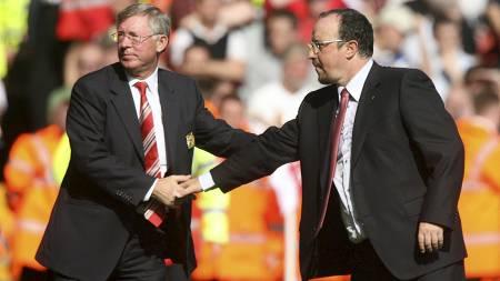 SKRYTER AV BENITEZ: Sir Alex Ferguson mener Rafael Benitez har fått ufortjent mye pepper. (Foto: Peter Byrne/Pa Photos)