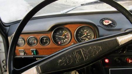 Overdådig luksus var aldri noe poeng for de som kjøpte Lada. Selv om designet var der, var det italienske temperamentet byttet ut med generøs materialkvalitet for å tåle påkjenningene i datidens Sovjet. (Foto: Autodb.no)