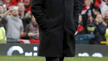 HYLLET: Alex Ferguson på Old Trafford før kampen (Foto: PHIL NOBLE/Reuters)