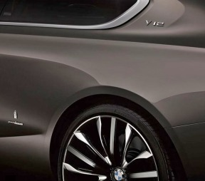 BMW 8-serie konsept felg og emblem