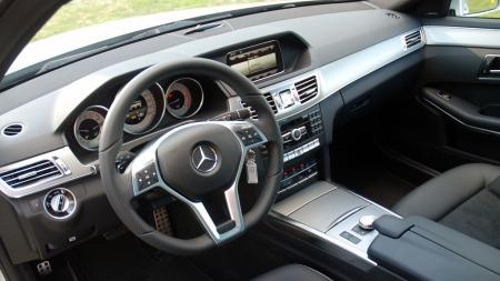 Mercedes-E-klasse-dashbord (Foto: Benny Christensen)