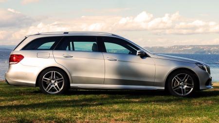 Mercedes-E-klasse-side (Foto: Benny Christensen)
