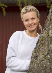 LEDER JAKTEN: Marthe Sveberg Bjørstad er programleder i «Jakten på kjærligheten» som starter opp på TV 2 til høsten.  (Foto: Espen Solli)