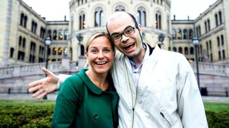 Solveig Kloppen og Hans Olav Lahlum skal finne eidsvollsmennenes slektninger  i et nytt program på TV 2 som feirer 200-årsjubileet til Norges Grunnlov.