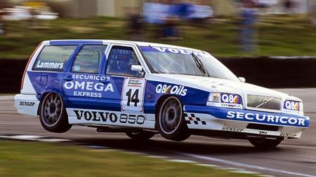 BTCC Volvo 850 var en bil som rokket ved Volvo sitt imaget som bare en trygg og traust familiebil.