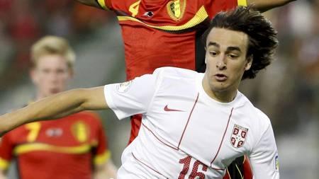 TIL BENFICA: Det ble ingen overgang til Chelsea for Lazar Markovic. I stedet skal han spille for Benfica de neste fem årene. (Foto: FRANCOIS LENOIR/Reuters)