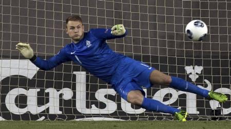 ØNSKET AV SUNDERLAND: Jeroen Zoet imponerte for Nederland i U21-EM. Nå vil Sunderland ha ham. (Foto: JACK GUEZ/Afp)
