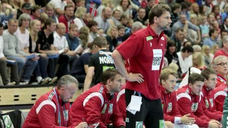 KAN FÅ DET TØFT: Robert Hedin og de norske håndballguttene kan få en tøff gruppe i håndball-EM for herrer. (Foto: Schrøder, Tor Erik/NTB scanpix)