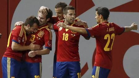 FAVORITTER: Spania forventes å vinne også Confederations Cup. (Foto: ADREES LATIF/Reuters)