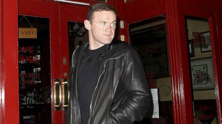 GLAD I DET GODE LIV: Tony Adams tror Wayne Rooney er for glad i det gode liv til å lykkes dersom han havner i en londonklubb. (Foto: Eamon and James Clarke/Pa Photos)
