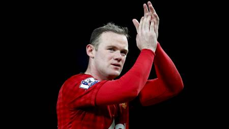 UNITED-FARVEL? Har Wayne Rooney klappet   til Manchester United-fansen for siste gang? (Foto: Dave Thompson/Pa   Photos)