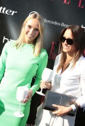MED SØSTEREN: TV 2-programleder Katarina Flatland og søsteren Bettina.  (Foto: Thomas Reisæter © TV 2 )