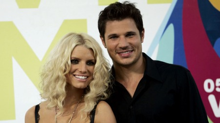 **FILE**Singers   Jessica Simpson and husband Nick Lachey arrive at the MTV Awards at the   American Airlines Arena Sunday Aug. 28, 2005 in Miami, Fla. The pair   will sing