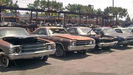 Blant muskelbilene regnes også de meget populære versting-utgavene   av Chevrolets mellomklasse-pickup, Chevelle-baserte El Camino. De finnes   det mange av på skroten. (Foto: Craigslist.com)