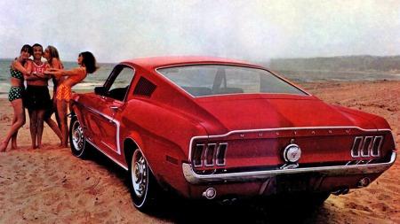 Billig, morsom og tøff. Og brosjyrebildene for denne 1968-modellen fikk selvsagt de fleste til å ønske å bli Mustang-eier.