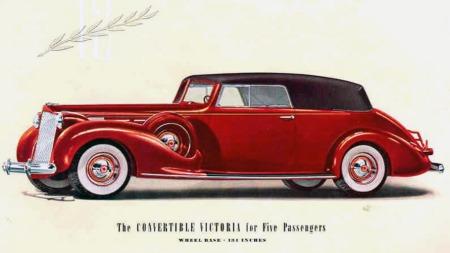 Allerede før krigen klarte man å bygge cabriolet-tak som var grovbygde nok til å tåle en støyt, og myke og fleksible nok til å tette skikkelig under alle forhold, som på denn 1938 Packard Convertible Victoria.