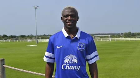 HAR SIGNERT: Arouna Kone har signert for Everton. (Foto: http://www.evertonfc.com/)