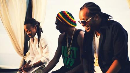 MADCON-FAN: Snoop Dogg likte Madcon-låta «Is You With Me» så godt at han takket ja til å samarbeide med den norske rapduoen. (Foto: Friendly Films / Olav Stubberud)