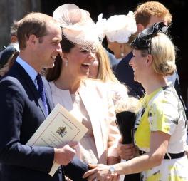 BABYLYKKE: Hertug og hertuginne av Cambridge, William og Kate, venter barn om få dager. Nå skal også søskenbarnet Zara Phillips bli mor.