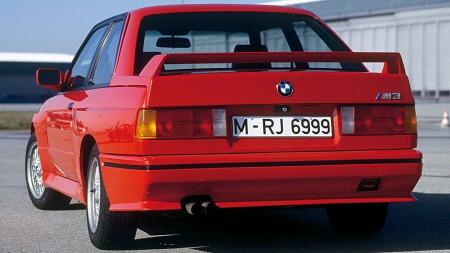 BMW-M3-1987-bakfra
