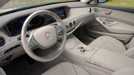 Mercedes-S-klasse-dashbord3