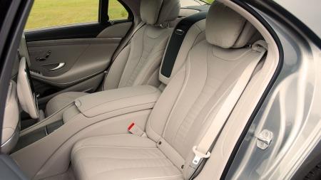 Mercedes-S-klasse-baksete