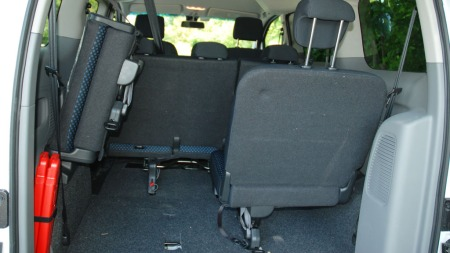 test nissan evalia mye fornuft til lite penger. Black Bedroom Furniture Sets. Home Design Ideas