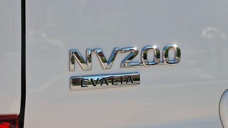 Evalia er personbilutgaven av varebilen NV200.