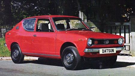 Liten og snerten og første Datsun med forhjulstrekk. Dette er en Datsun A100 Cherry.