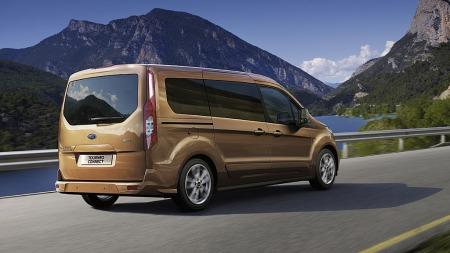 Ingen tvil om at dette opprinnelig er en varebil. Tourneo Grand   Connect er størst av de to nye flerbruksbilene fra Ford.