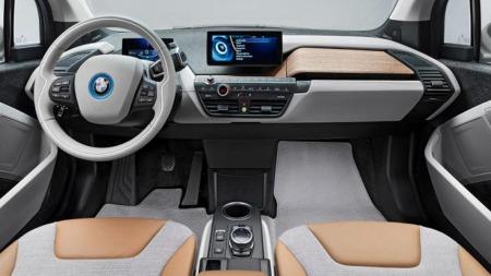 00 BMW i3 interiør 1