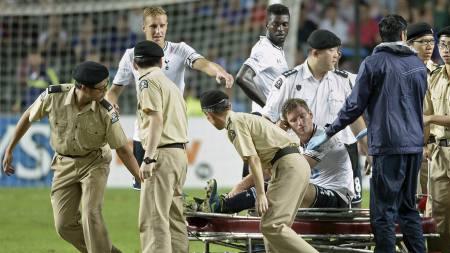 UT MED SKADE: Tottenham Hotspurs Jan Vertonghen  pådro seg skaden mot Sunderland. (Foto: DALE de la REY/Afp)